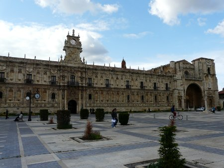This grand building is operated as an upmarket hotel by the state-run Paradores organisation