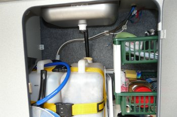 25l fresh water and waste water tanks below the sink