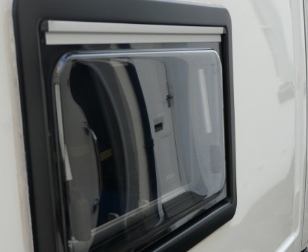 Motorhome window and paintwork after using Onedrywash