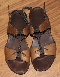 Merrell Micca sandals - view of soles