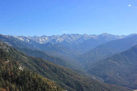 View of Sierra Nevada from Moro Rock
