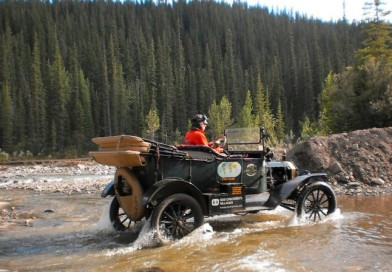 Dutch couple travelling around the world in Ford Model T