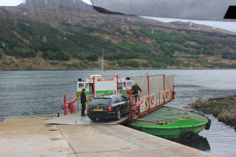 Glenelg-Skye turntable ferry