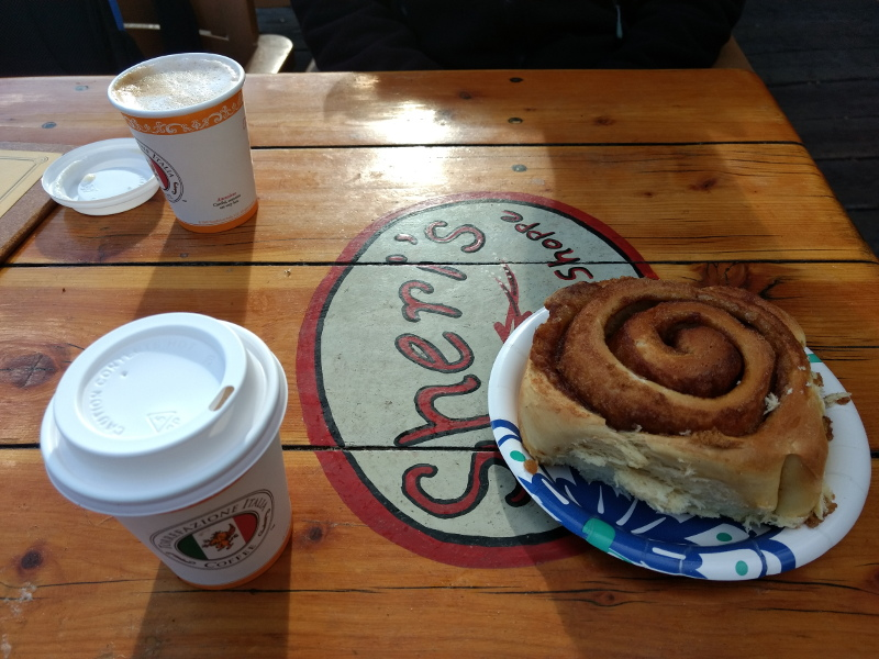 Cinnamon swirl, Winthrop, WA, USA